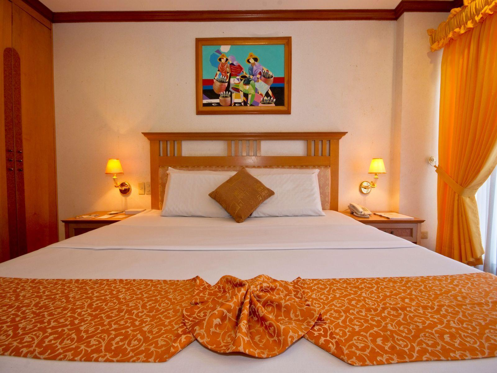 Philippines Hotel   Guest Room