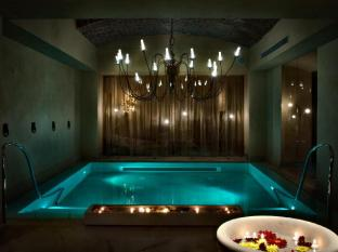 Chateau Monfort Hotel Milan - Spa