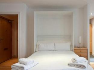 Times Square Serviced Apartments London - Guest Room