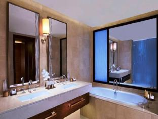 Anantara Eastern Mangroves Hotel & Spa Abu Dhabi - Kasara Suite Bathroom