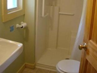 Bay Leaf Cottages & Bistro Lincolnville (ME) - Banyo
