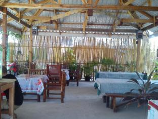 Sunday Flower Beach Hotel and Resort Wyspa Bantayan - Restauracja