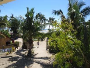 Sunday Flower Beach Hotel and Resort Bantayan Island - סביבת בית המלון