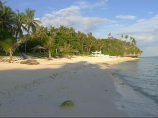 Amun Ini Beach Resort & Spa Bohol - White Sand Beach front