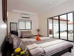 Majestic 2 Bed Villa Pattaya - 2 Bedroom Villa with private pool