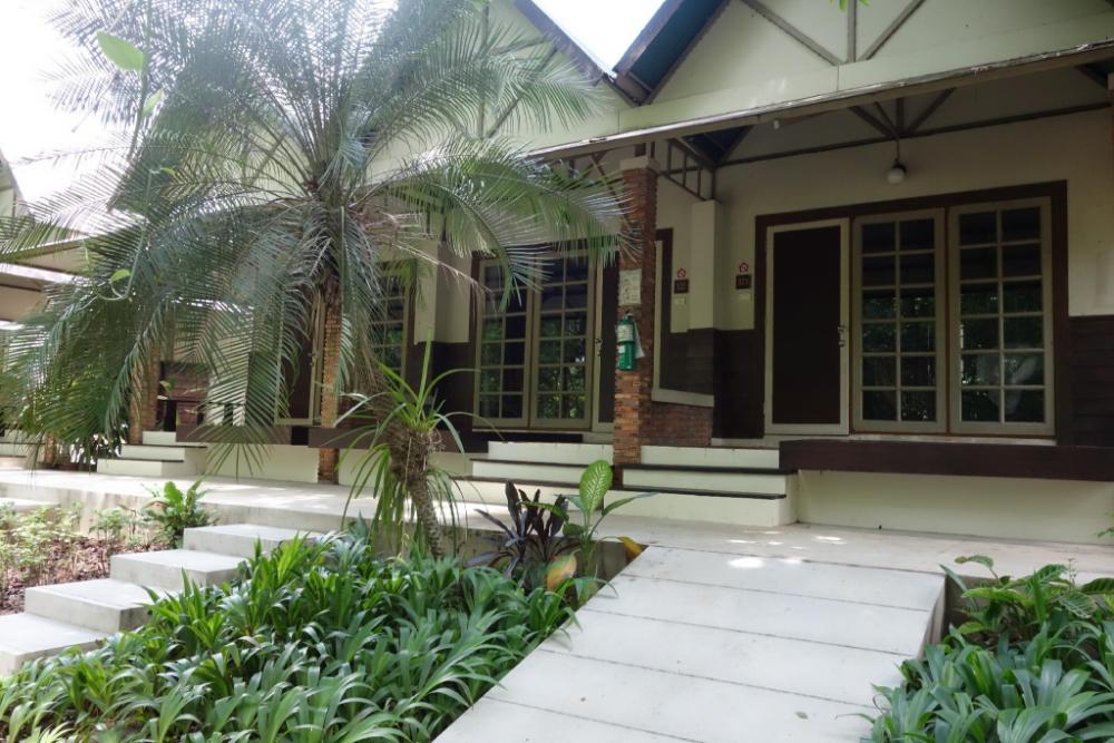 Wanathara Resort