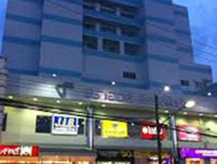 Friday Hotel - Uttaradit