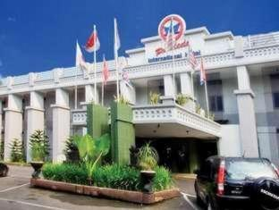 Pardede International Hotel Medan - Exterior hotel