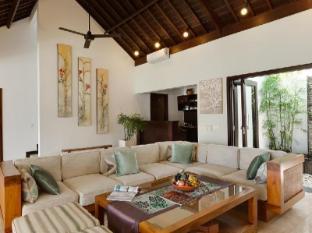 Puri Tirta Villas Bali - Villa Sunset living room