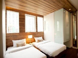 The Period Pratunam Hotel guestroom junior suite