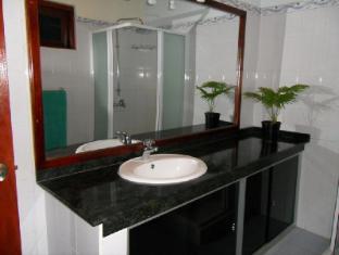 Bougain Villa Bentota/Beruwala - Apartment-Bathroom