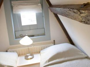 Authentic Jordaan Apartment Amsterdam - Guest Room