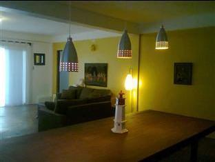Panglao Palms Apartelle Bohol - Konuk Odası