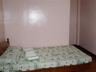 Escarez Pension House Coron - Guest Room