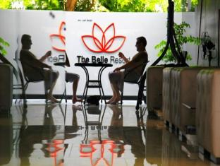 The Belle Hostel Phuket - Relaxing area