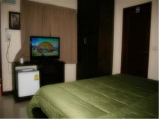 PCR Guesthouse Phuket - Guest Room