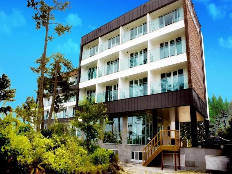 Cordelia Resort1