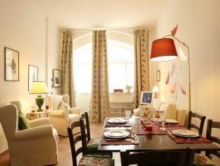 Rent Flats in Rome Monti Rome - Apartment - Baccina Street