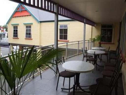 Best guest rating in Cambridge ➦ Colonial Court Motel takes PayPal