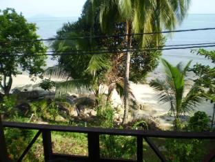 Tanjong Inn Tioman Island - Beach view from room veranda