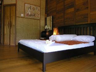 Baansuanleelawadee guestroom junior suite