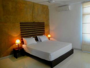 Summer Side Residence Negombo - Deluxe Room