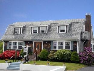 Cape Cod Ocean Manor Bed And Breakfast
