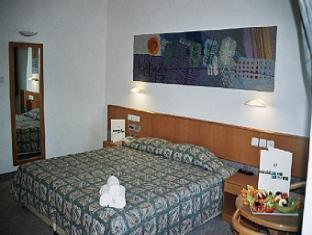 C Neve Ilan Hotel Jerusalem - Guest Room