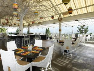 Royal Safari Garden Resort & Convention Puncak - Sky Garden Restaurant - Leopard
