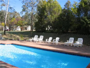 A Line Holiday Village Bendigo - Outdoor Swimming Pool