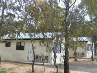 A Line Holiday Village Bendigo - Ensuite Cabin