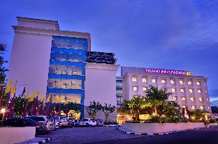 Grand Inna Padang Hotel