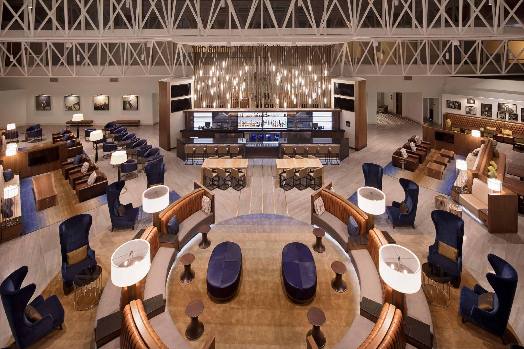 Hilton Nashville Airport Hotel image