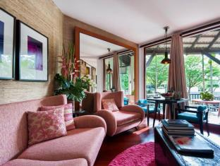Indigo Pearl Hotel Phuket - Living Room in Pearl Shell Suite Botanica Floral