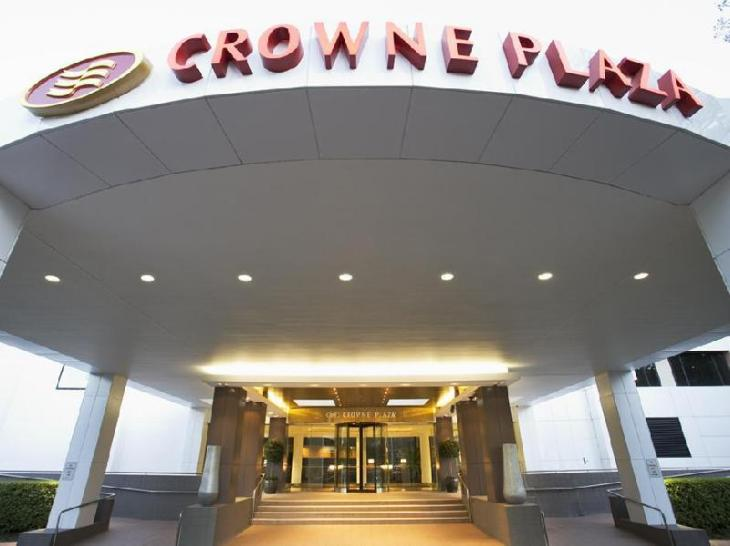 Crowne Plaza Canberra photo 5