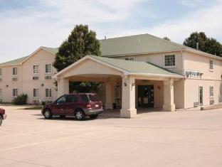 Motel 6 Augusta, KS
