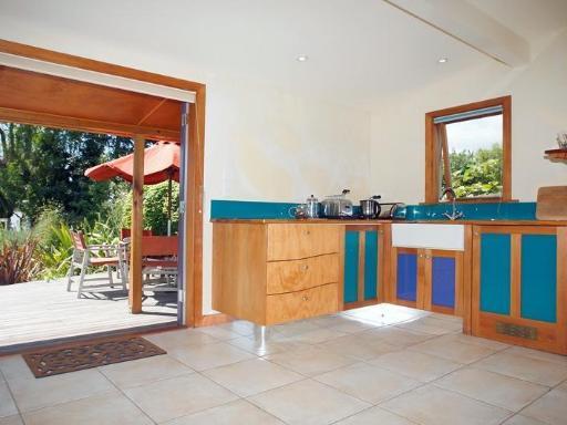 Joya Garden & Villa Studios and Organic Bed & Breakfast PayPal Hotel Nelson