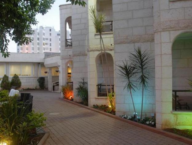 Acco Beach Hotel - Image1