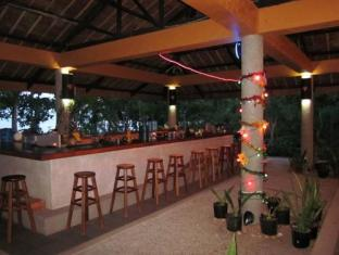 Visayas Breeze Resort Bohol - Bar/Bekleme Salonu