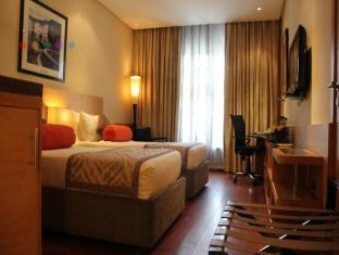 Radisson Blu Marina Hotel Connaught Place New Delhi and NCR - Superior Room