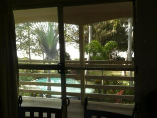 Beachside Holiday Units Whitsunday Islands - 2 Bedroom Ocean