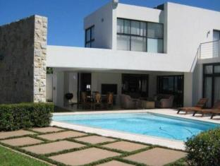 LaLuxe Bed & Breakfast Durban - Swimming Pool