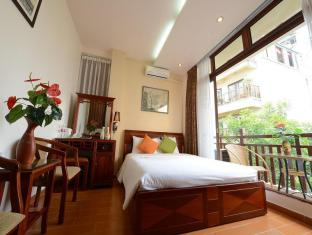 Artisan Lakeview Hotel Hanoi - Deluxe City View