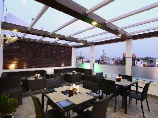 Roof-Top Restaurant