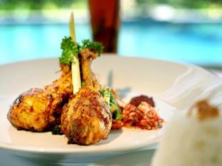 favehotel Bypass Kuta Бали - Храна и напитки