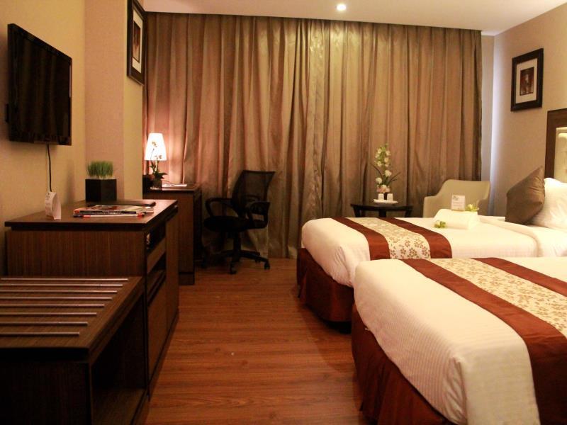 エース ホテル&スイート (Ace Hotel & Suites)