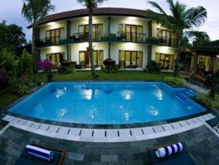 峇里露台飯店 峇里島 - 游泳池