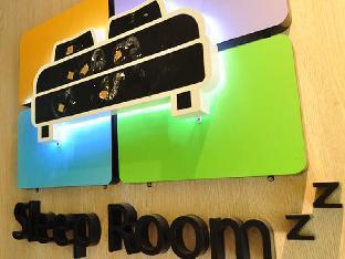ロゴ/写真:Sleep Room Guesthouse