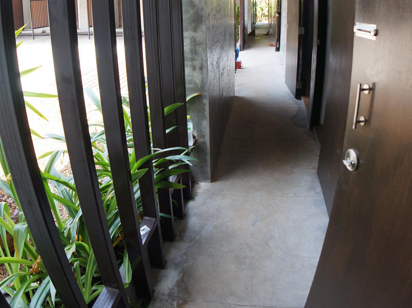โรงแรมกอล์ฟ 19