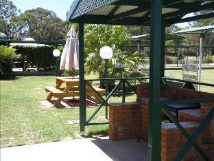 book Deniliquin hotels in New South Wales without creditcard